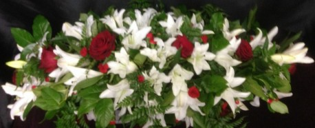Lily/Roses Coffin Spray